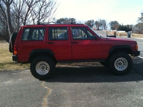 buy used 1996 jeep cherokee classic sport utility 4 door 4 0l 5 speed manual transmission in