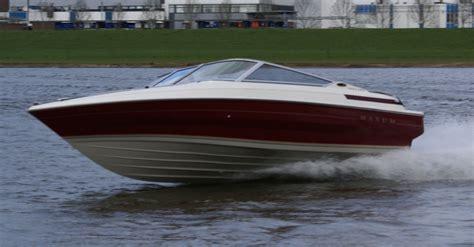 maxum boat trailer fenders maxum 1800 superyachts news luxury yachts charter
