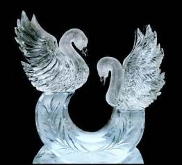 Glass Bird Vase Ice Sculptures For Weddings Artistic Ice Sculptures For