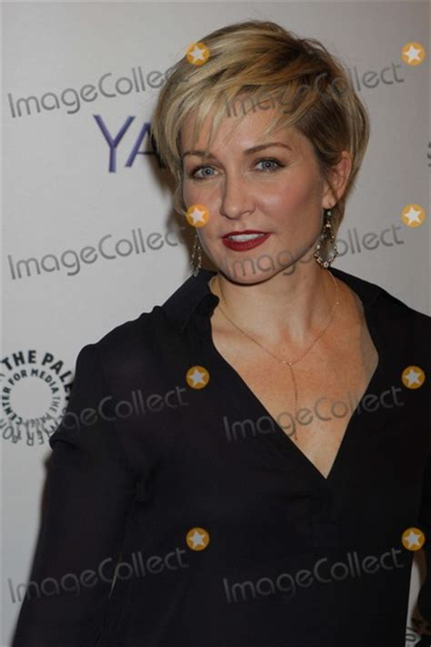blue bloods hairstyles amy carlson hairstyle on blue bloods google search
