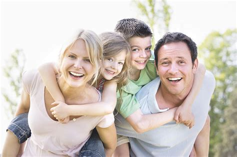 imagenes feliz en familia imagenes de la familia feliz imagui
