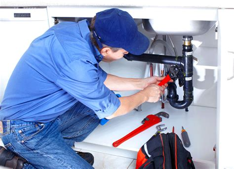 Friendly Plumber Why You Should Hire A Professional Plumber Services