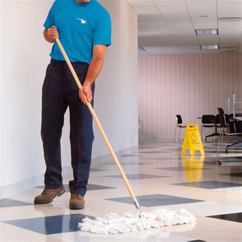 cleaning company how to choose the right professional cleaning company for