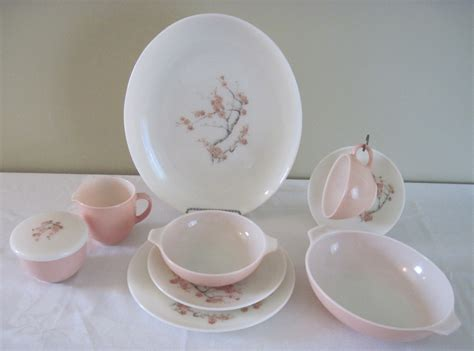 Mainan Clean Family Set Pink pyrex family flair pink quince dinnerware fabfindsblog