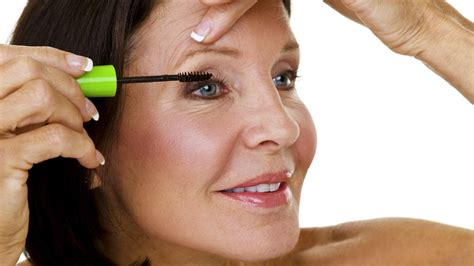 7 Makeup Tips For by Eye Makeup Tips For How To Apply Mascara