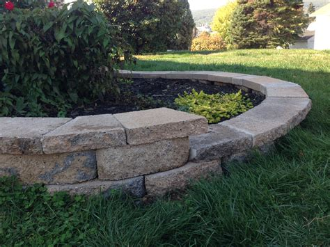 Curved Garden Wall Cut Caps For A Curved Retaining Wall Pretty Purple