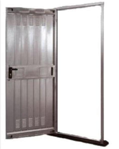 porte in ferro per cantine prezzi come blindare la porta della cantina scassinata dai ladri