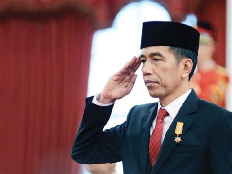 biodata tentang joko widodo indonesian president joko widodo arrives in islamabad