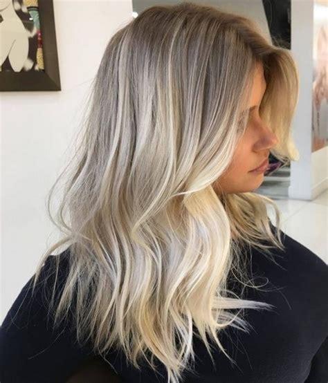 wlosy blond baleyage