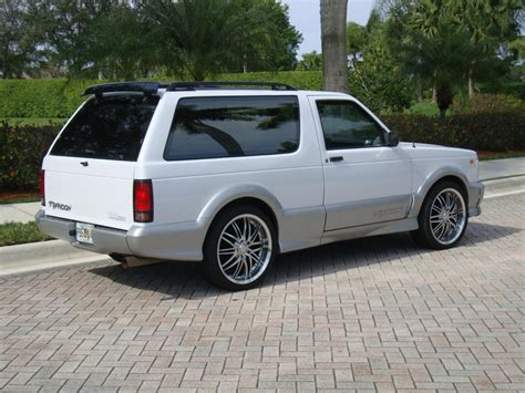 gmc typhoon pics gmc typhoon pictures posters news and on your