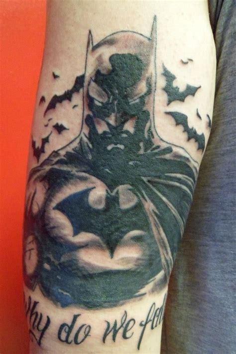 batman henna tattoo 16 best batman tattoo images on pinterest batman logo