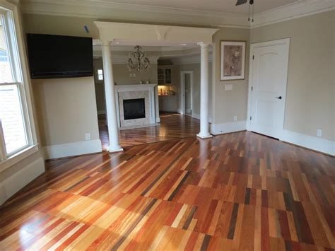 Decorating Nice Bruce Hardwood Floors For Cozy Home