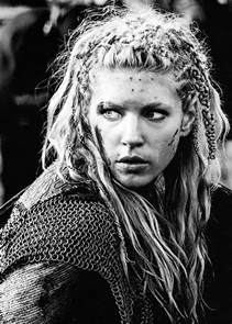 how to do your hair like vikings lagertha vikings lagertha i love that she has chains in her hair