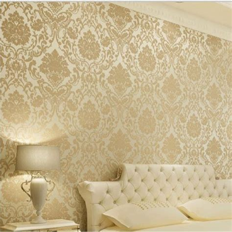Wallpaper Dinding Luxury Classic Coklat Gold wall paper wallpaper roll damask embossed feature 3d textured gold silver beige quarto
