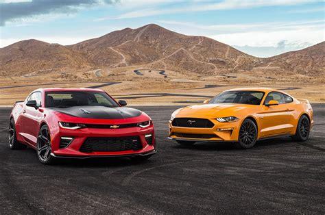 Mustang Gt Vs Camaro Ss by 2018 Chevrolet Camaro Ss 1le Vs 2018 Ford Mustang Gt