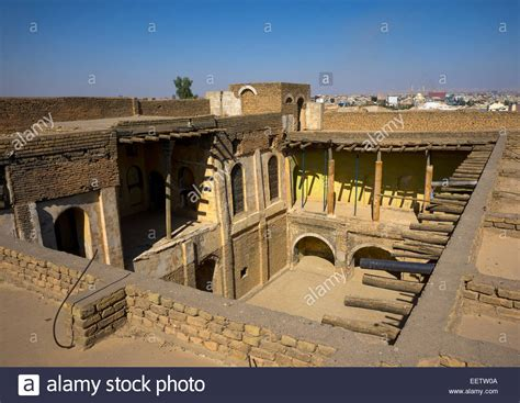 ancient middle eastern homes with flat roofs houses with flat roofs inside the citadel erbil
