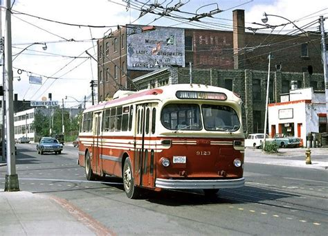 toronto trolleys and buses on ttc toronto brill trolley coach on 40 junction line