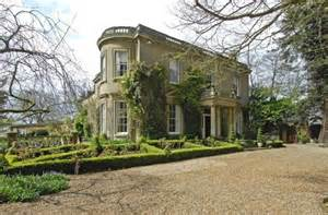 george clooney houses amal alamuddin and george clooney s new mansion aberlash
