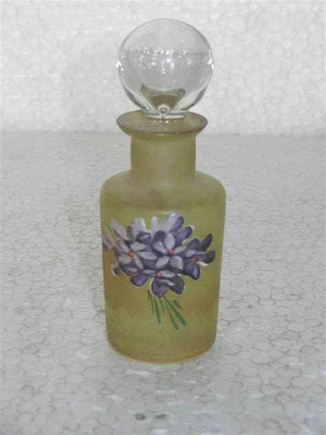 light perfumes for work 500 best images about violets on