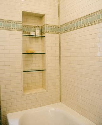 Shower Tile Ideas Small Bathrooms by Bathroom Wall Tile Designs For Small Bathrooms