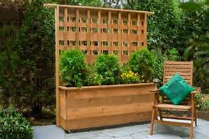 how to build a privacy planter this house