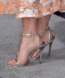 Maisie williams celebrity foot and shoes