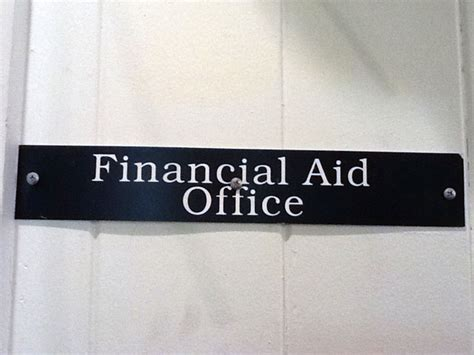 Fafsa Office by Students Frustrations With Chaminade Financial Aid
