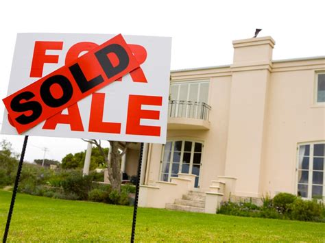 pitfalls of buying a house advantages and disadvantages of buying a foreclosure hgtv