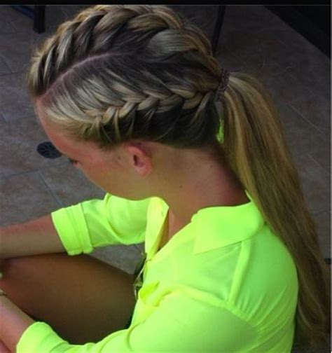 how to style hair for track and field 88 best images about sporty outdoor hairstyles on