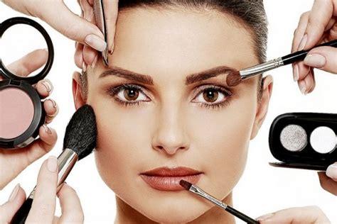Eyeshadow Yang Sering Dipakai Artis 3 kesalahan memakai makeup yang sering dilupakan wanita