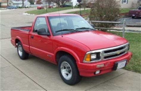chevrolet s10 bolt pattern chevrolet s10 1996 wheel tire sizes pcd offset and
