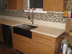 peel and stick vinyl tile backsplash crystiles peel and