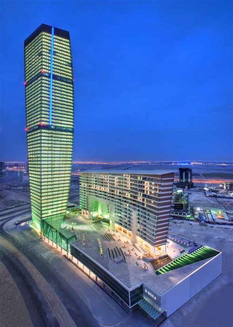 bora towers dubai skyscraper  architect