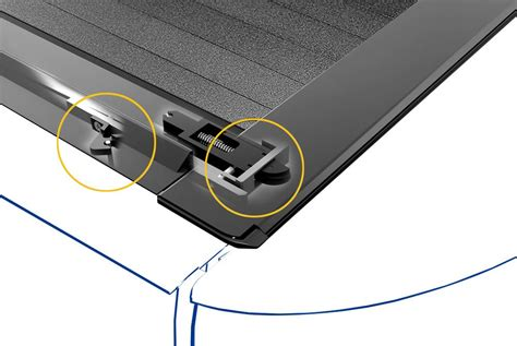 roll and lock bed covers roll n lock 174 a series retractable tonneau cover