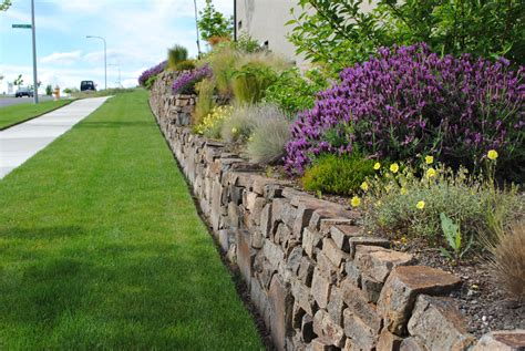 Garden Rock Walls Leave Your Pavers Rocks And Landscape Supplies