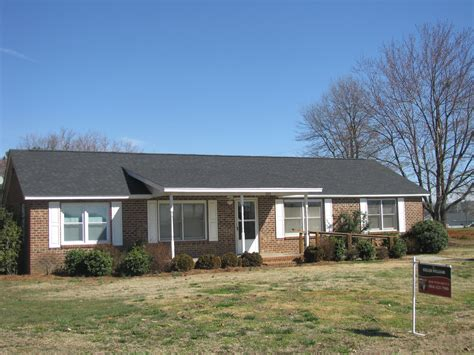 homes for duncan sc owner finance home 100 000 in duncan sc