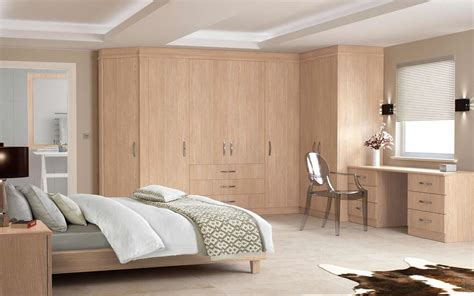 Wardrobe Pictures Indian by Buy Wardrobe In Delhi India Wardrobe Manufacturers