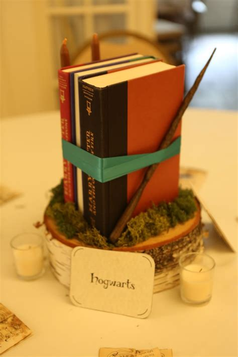 harry potter centerpiece ideas best 25 harry potter table ideas on harry