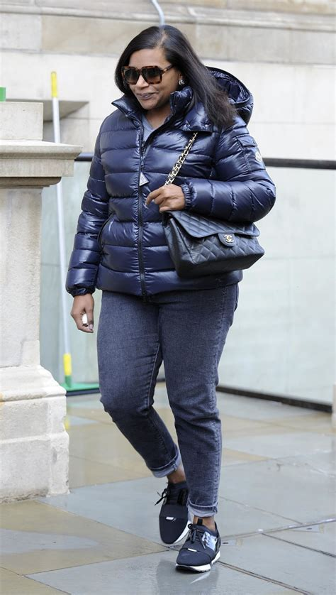 mindy kaling parents the office cuba gooding jr mindy kaling are seen in london sandra