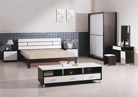 25 Tips For Designing Small Sized Bedrooms Got Bigger With Bedroom Set Design Furniture