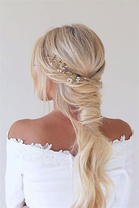 Creative And Wedding Hairstyles For Hair by Best 25 Unique Wedding Hairstyles Ideas On