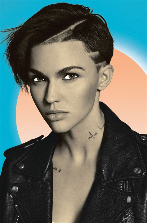ruby rose spins at surrender shaggy and flo rida get down