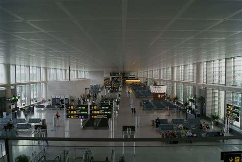 voli interni spagna aeroporto di malaga vivi andalucia