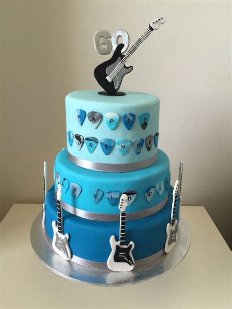 Best 25 Guitar Cake Ideas On Pinterest Music Cutter Guitar Cupcakes And Guitar Birthday Cakes Microphone Cake Template