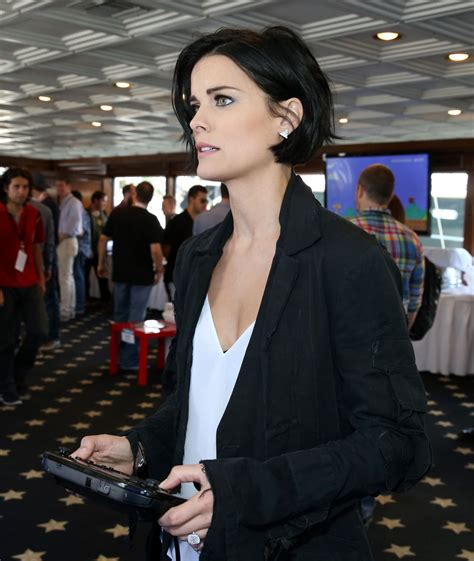10 And At The Comic Con by Jaimie Nintendo Lounge On Tv Guide Yacht At