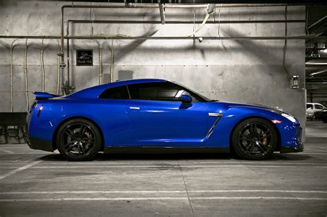 nissan blue car blue nissan gtr photoshoot by leon tang my car portal