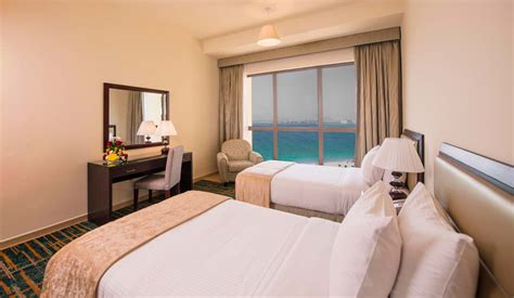 hotels with 2 bedrooms two bedroom apartment dubai photo gallery amwaj suites