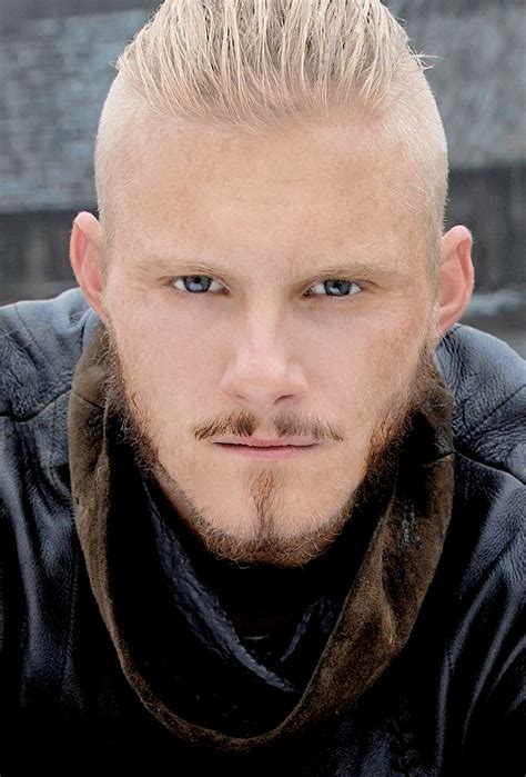 bjorn ironside haircut vikings bjorn ironside vikings season 4
