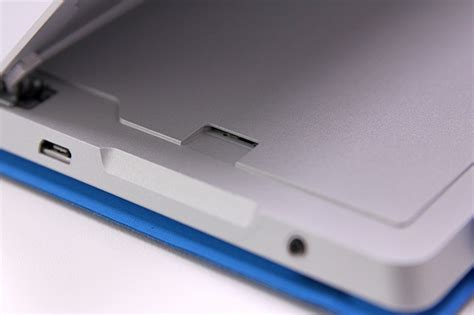 microsoft surface 2 sim card hands on with the microsoft surface 3 hardwarezone com my
