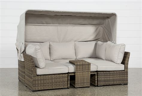 Outdoor Aventura II Daybed   Living Spaces